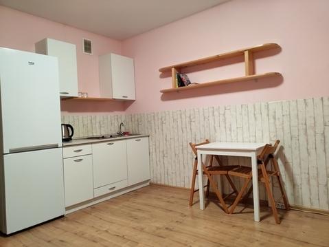 Сдам уютную новую квартиру-студию с панорамным видом из окон в ново. - Фото 1