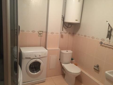 В квартире хороший современный ремонт, полностью укомплектованная . - Фото 1