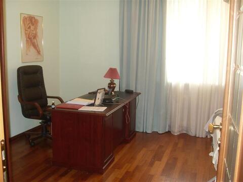 Улица Космонавтов 94б; 4-комнатная квартира стоимостью 50000 в месяц . - Фото 1