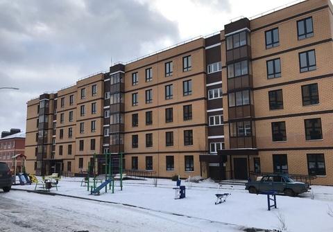 Продается квартира Тульская обл, Ленинский р-н, поселок Молодежный, ул . - Фото 1