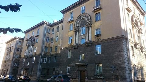 Объявление №48042309: Продаю комнату в 8 комнатной квартире. Санкт-Петербург, ул. Фрунзе, 19,