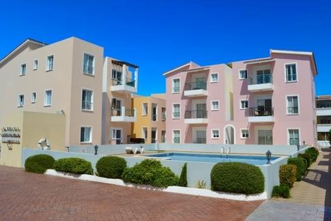 Прекрасный трехкомнатный Апартамент недалеко от моря в Пафосе - Фото 1