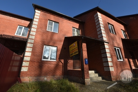 Продается дом с земельным участком, ул. Столыпина - Фото 1
