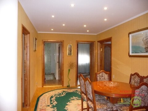 Четырехкомнатная квартира с ремонтом и мебелью для большой семьи! - Фото 1