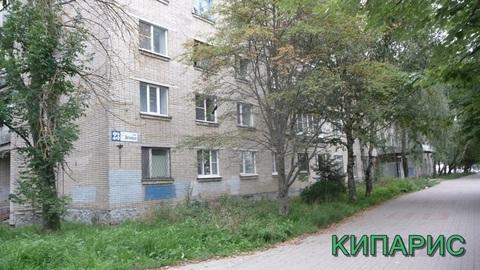 Сдается комната в сем. общежитии, ул. Энгельса 23, 18 кв. метров - Фото 1