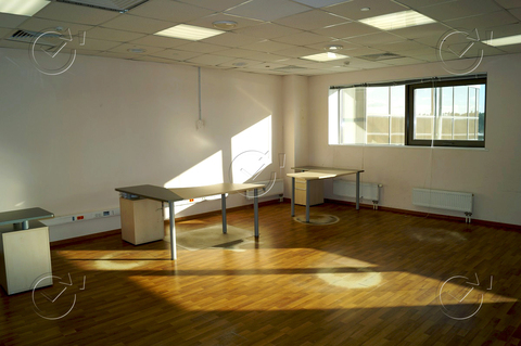 Сдам- Офис 19 м2 - Фото 3
