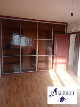 Продам 2-комнатную квартиру на Куйбышева, Продажа квартир в Омске, ID объекта - 325440565 - Фото 1