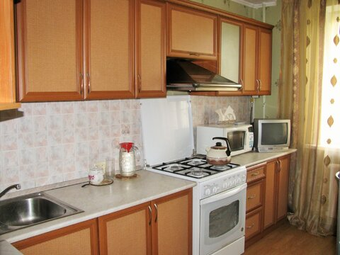 Амирхана 26, 3-х комнатная квартира 68 кв.м. чистая продажа - Фото 3