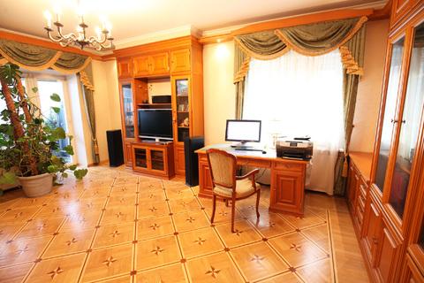 Продается элитная, 4 ком. кв. в малоэтажном кирпичном доме в Озерках - Фото 1