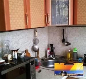 Хорошая квартира в кирпичном доме у м.Черная Речка по Доступной цене, Купить квартиру в Санкт-Петербурге по недорогой цене, ID объекта - 323025876 - Фото 1