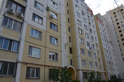 Улица Стаханова 50; 1-комнатная квартира стоимостью 9000 в месяц . - Фото 1