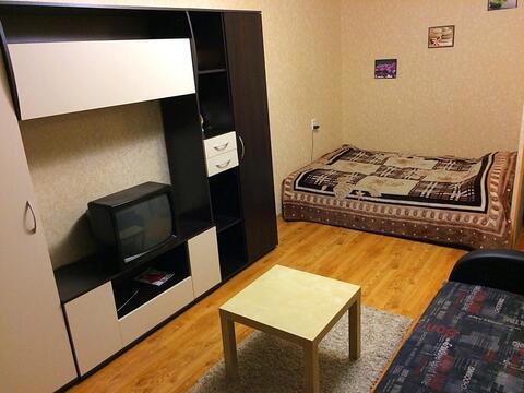 Сдается однокомнатная квартира, улица Льва Толстого 20 - Фото 1