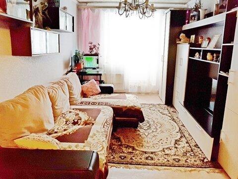 Продается 3-к квартира Раменский р-н, д.Захарово, в/городок 411, д.125 - Фото 1