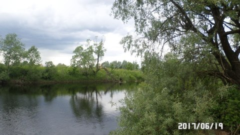 Продам участок у реки. - Фото 2