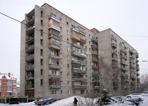 Продам 1-комнатную коридорного типа в кировском районе 1550 т.р.
