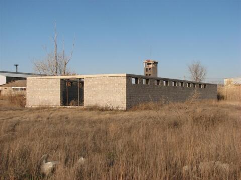 Продам земельный участок промназначения 2.1 Га с постройками - Фото 2