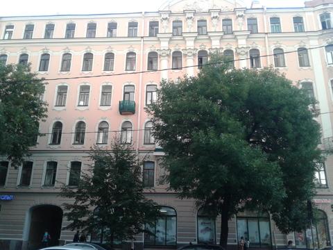 Комната в 8-ми комнатной квартире на 2этаже, 12линия 29 - Фото 3