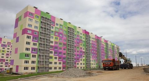 Продажа двухкомнатной квартиры на Челомея