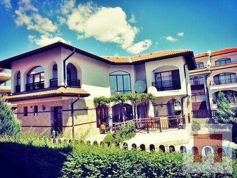 Дом в ваканционном коттеджном комплексе на Болгарском побережья - Фото 1