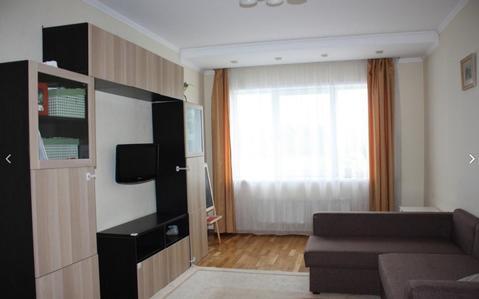 Продается большая 2-комнатная квартира с отличным ремонтом - Фото 1