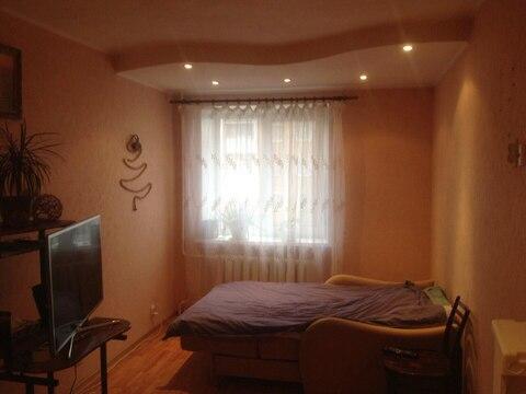 1-комнатная квартира, пгт Белоозерский, ул.Комсомольская,10 - Фото 1