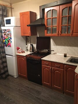 Продам 2 к.кв, Коровникова 13 к 4,, Купить квартиру в Великом Новгороде по недорогой цене, ID объекта - 321626095 - Фото 1