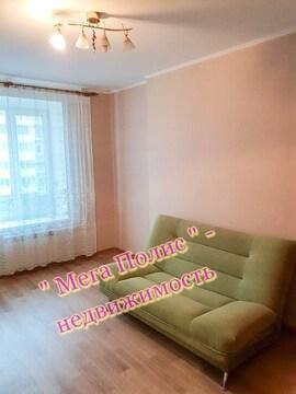 Сдается 1-комнатная квартира 45 кв.м. ул. Белкинская 25 на 3 этаже. - Фото 1
