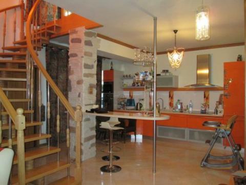 Сдается 3х-ком. элитная квартира 110м2, в 2х уровнях, новый евроремонт - Фото 1