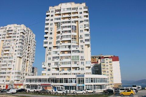 Купить квартиру с евро-ремонтом, в монолитном доме. - Фото 1