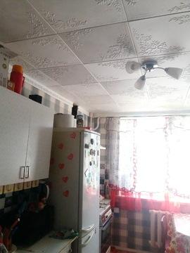 Продается комната в трехкомнатной квартире - Фото 2