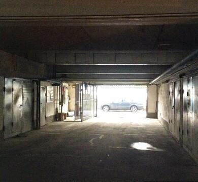 Сдаем гараж-бокс-18кв.м. на 3эт. паркинга-ул.Автозаводская, д.21г - Фото 4