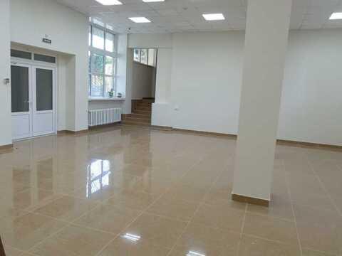 Торговое помещение в аренду 147 кв.м - Фото 1