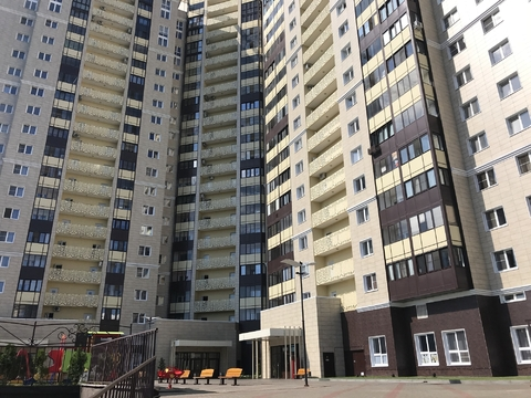Сдаётся уютная 1 комнатная квартира с отличным евроремонтом в центре г - Фото 1