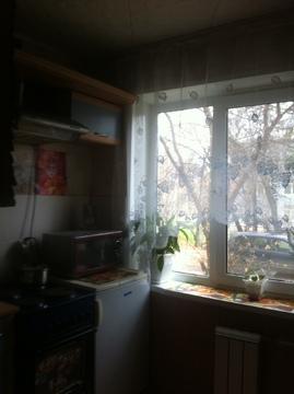Продам 2х комнатную квартиру старой планировки - Фото 2