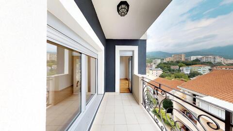 Квартира без мебели в курортном городе Бечичи, Черногория - Фото 2