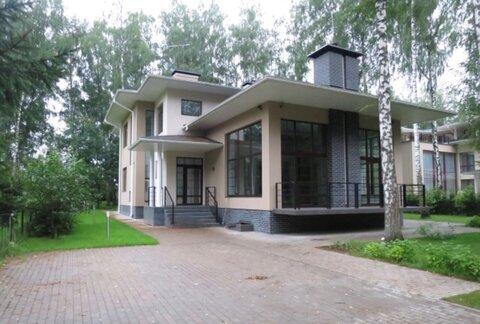 Дом по Новорижскому шоссе в охраняемом поселке - Фото 1