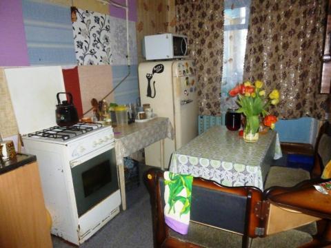 Продается 2-х комнатная квартира со своим выходом на участок. - Фото 4