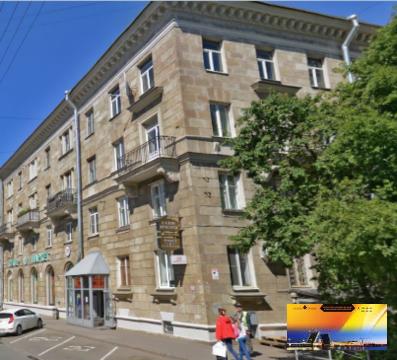 Редкое предложение - квартира в сталинке 65 м.кв. у метро Ч.Речка. - Фото 1
