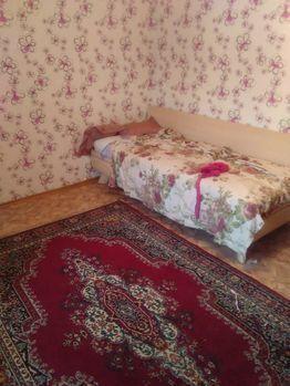 Аренда комнаты, Тюмень, Ул. 30 лет Победы - Фото 1