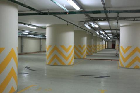Машиноместо в подземном паркинге ЖК бизнес-класса - Фото 1