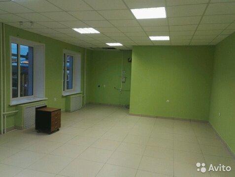 Торговый офисный зал в аренду 70 кв.м - Фото 1