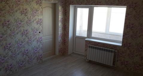 2 150 000 Руб., Большая 2-х комнатная квартира 82 кв.м. с индивидуальным отоплением, Купить квартиру в Таганроге по недорогой цене, ID объекта - 317520221 - Фото 1