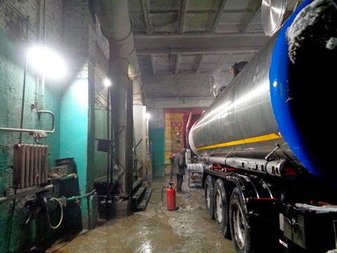 Мойка грузового автотранспорта, шиномонтаж. - Фото 1