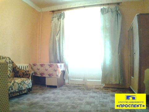Комната в 3-комнатной коммунальной квартире - Фото 1