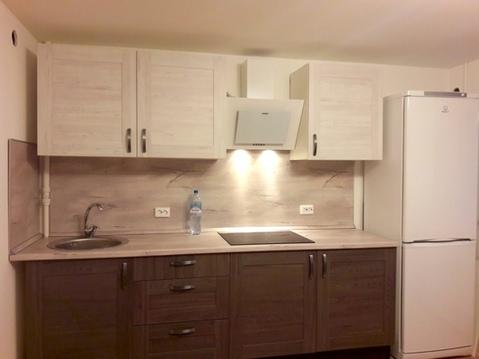 Роскошная просторная квартира студия с отличным ремонтов рядом с ст. - Фото 1