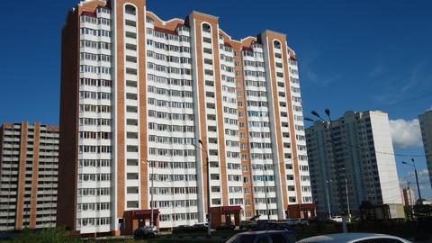 Двухкомнатная квартира в г. Серпухов - Фото 1