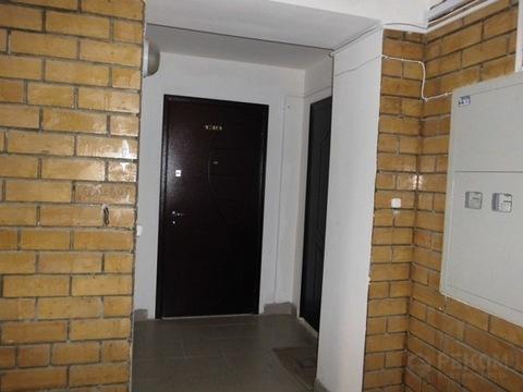 1 комнатная квартира в кирпичном доме, ул. Энергостроителей, д. 18 - Фото 1