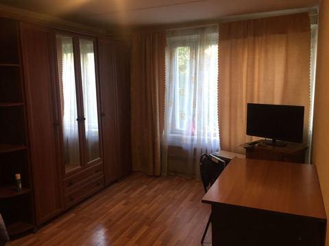 Сдается комната 16 метров в двухкомнатной квартире с мебелью и бытовой - Фото 1
