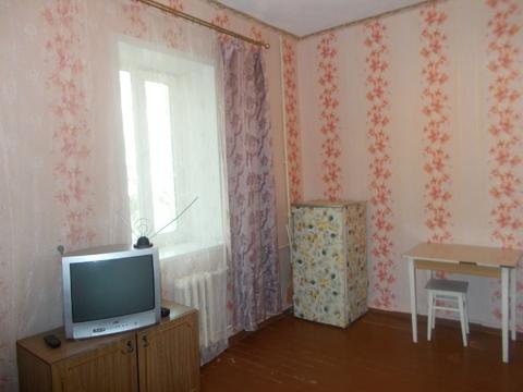 Комната 15,5 кв.м. пр. Труда, д.25 - Фото 1