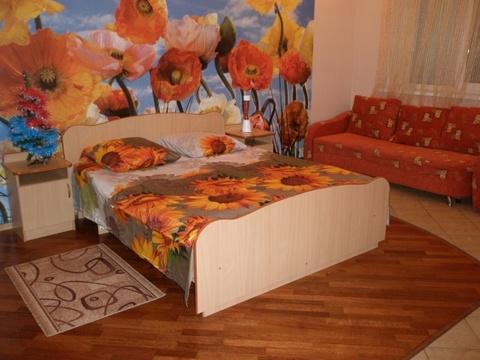 Сдается 1-ая квартира Комсомольская улица, 10 - Фото 2